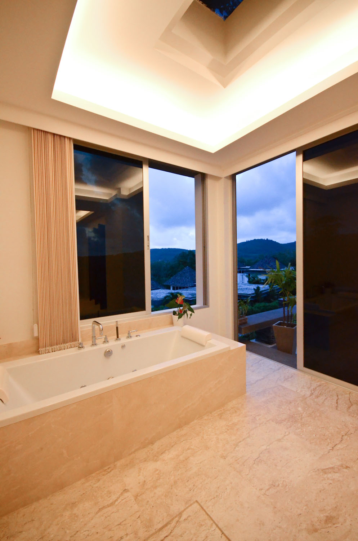 13 tvol 20 master bath