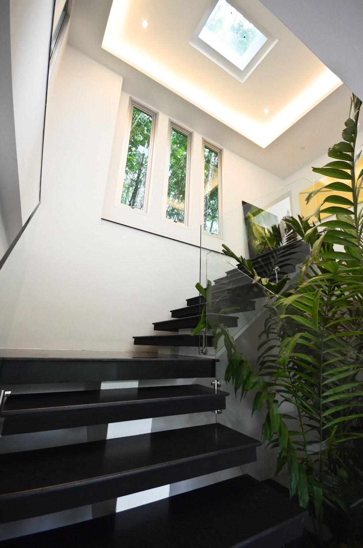 17 tvol 20 stairs