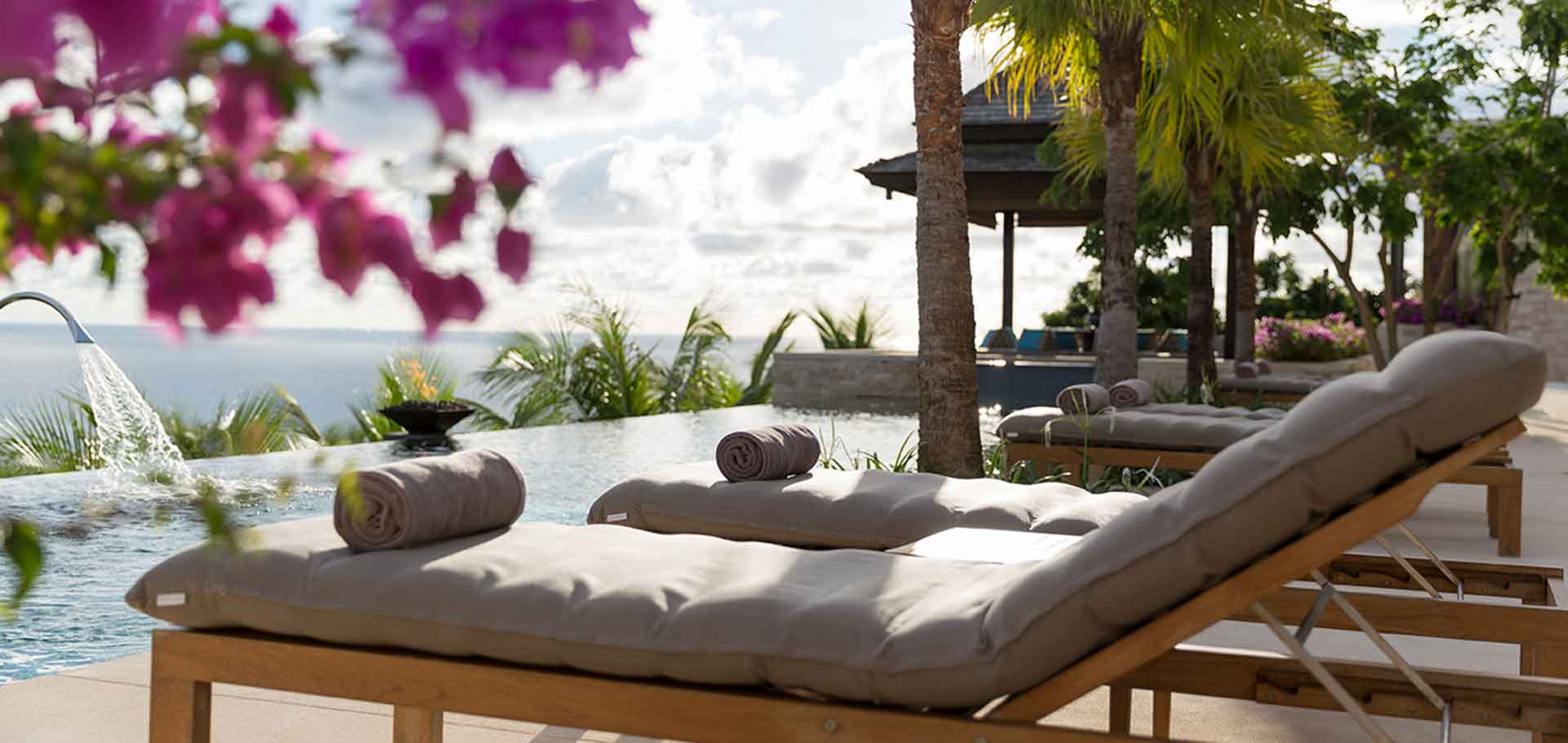 Phuketin Loma-asunnot – Layan Villa (10)
