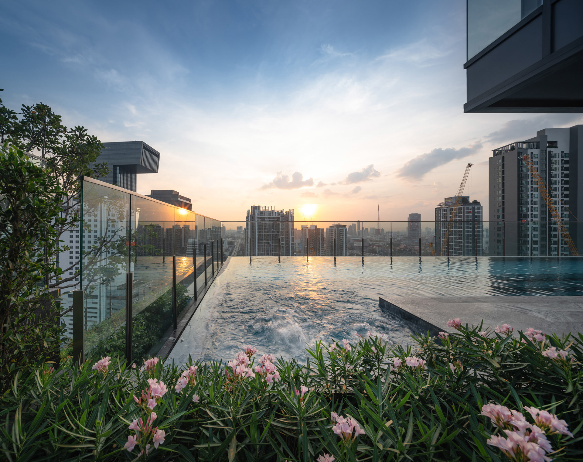 Phuketin Loma-asunnot – Bangkok Asoke (36)