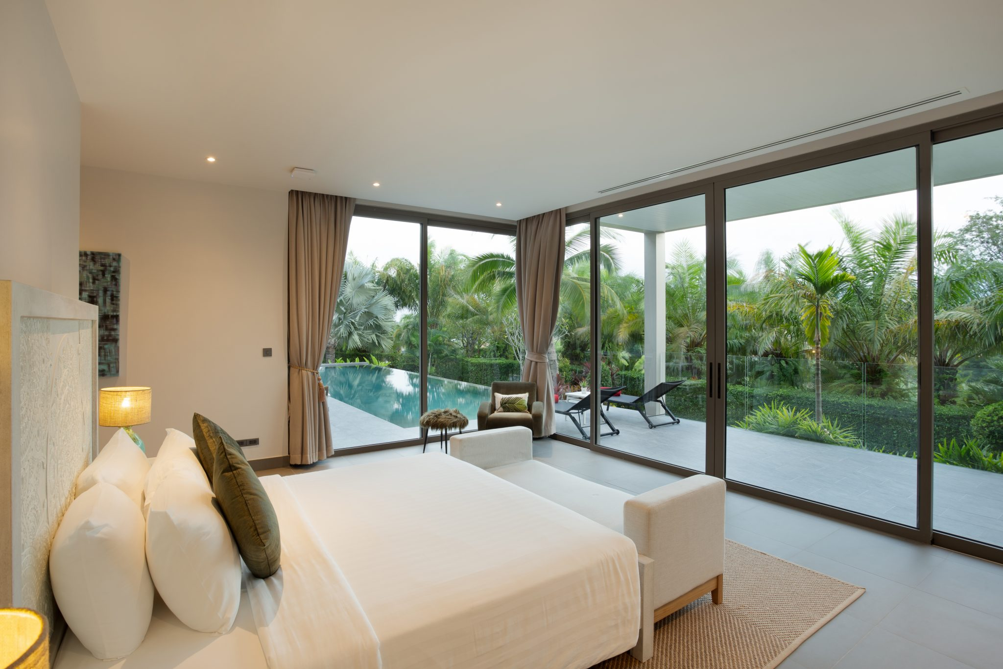 Phuketin Loma-asunnot – Villa Layan (44)